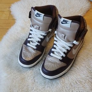 👑 NIKE: BROWN & CHAMPAGNE DUNKS